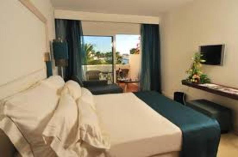Jardin Tropical In Costa Adeje Tenerife Holidays From 490pp