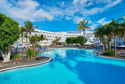 Top Hotels In Lanzarote 2019 2020 From 18pppn Loveholidays