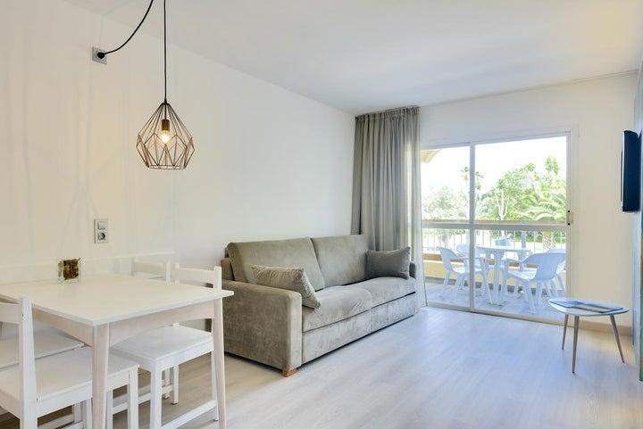 Alcudia Garden Apartments Image 15