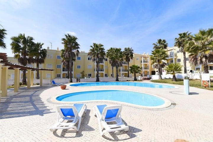 Praia da Lota Resort - Apartments Image 5