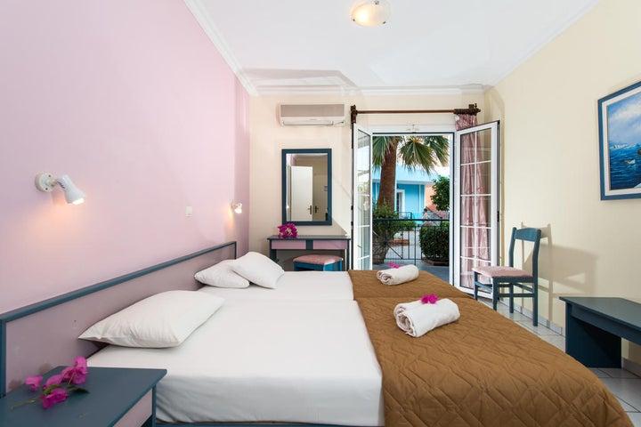 Sofias Hotel Image 5