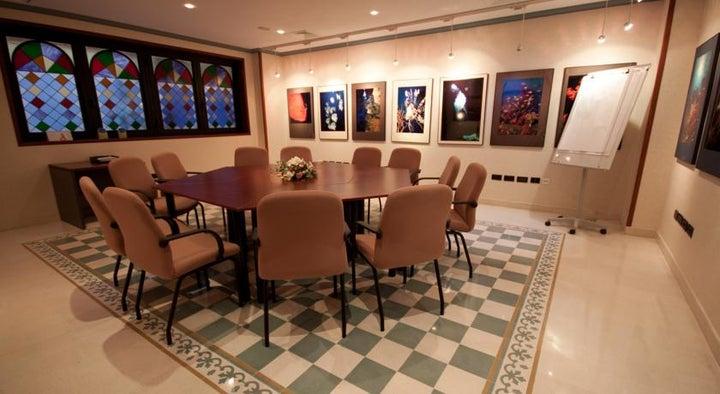 Reveron Plaza Hotel Image 27
