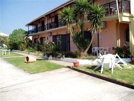 Apartments Tzevenos in Aghios Georgios, Corfu, Greek Islands