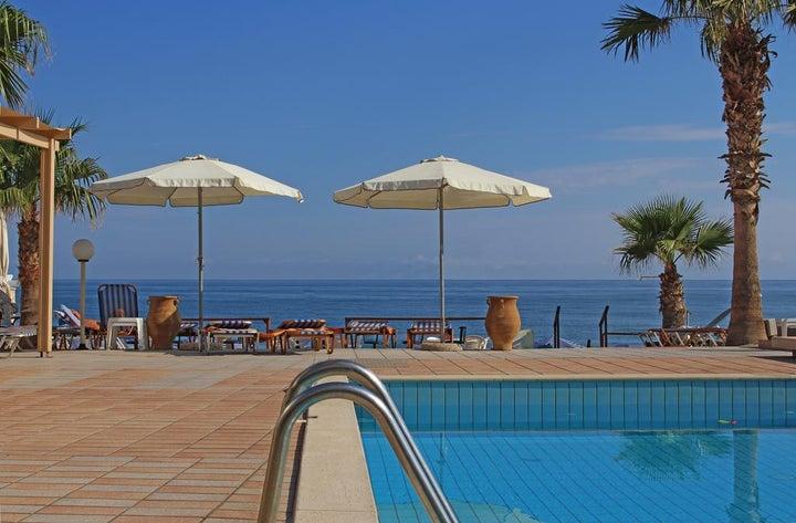 Seafront Apartments in Adelianos Kampos, Crete, Greek Islands