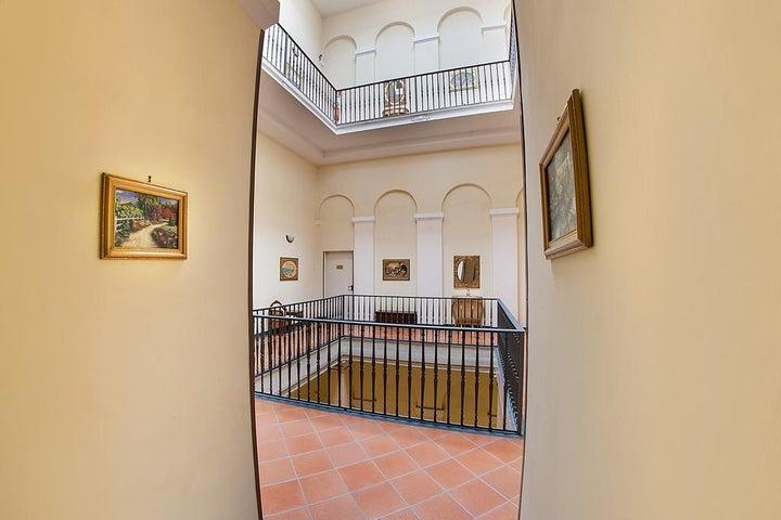 Grand Hotel Capodimonte Image 9