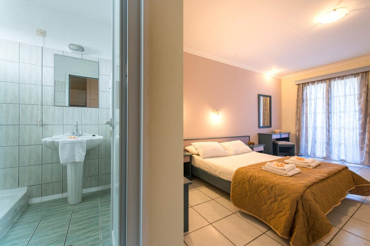 Sofias Hotel Image 12