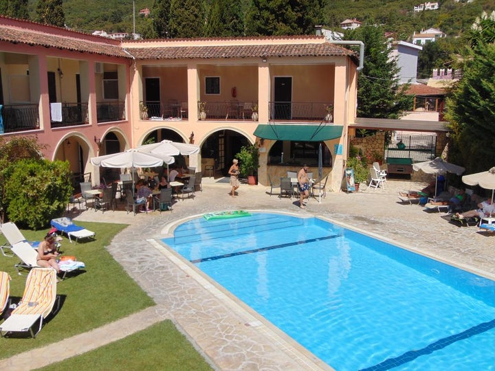 Annaliza Apartments in Ipsos, Corfu, Greek Islands