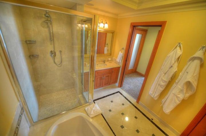 Radisson Blu Golden Sands Resort Image 8