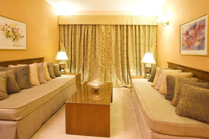 Ariti Grand Hotel Image 21