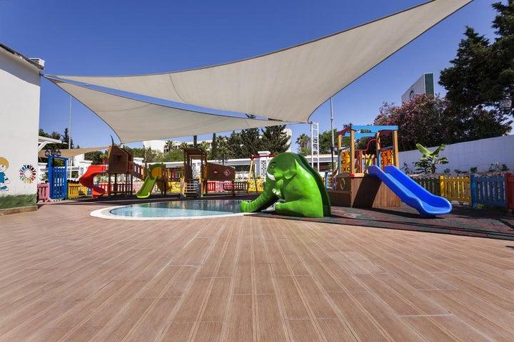 Karmir Resort And Spa Image 38