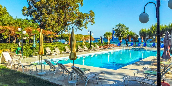Mimoza Beach Hotel in Argassi, Zante, Greek Islands