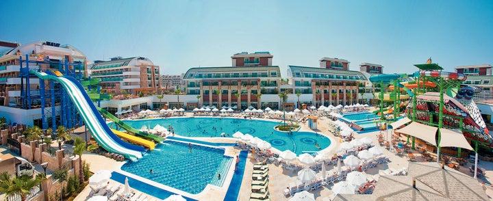 Crystal Waterworld Resort And SPA Image 7
