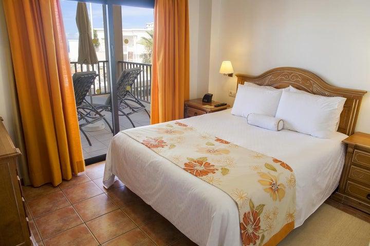 Royal Sunset Beach Club by Diamond Resorts Image 5