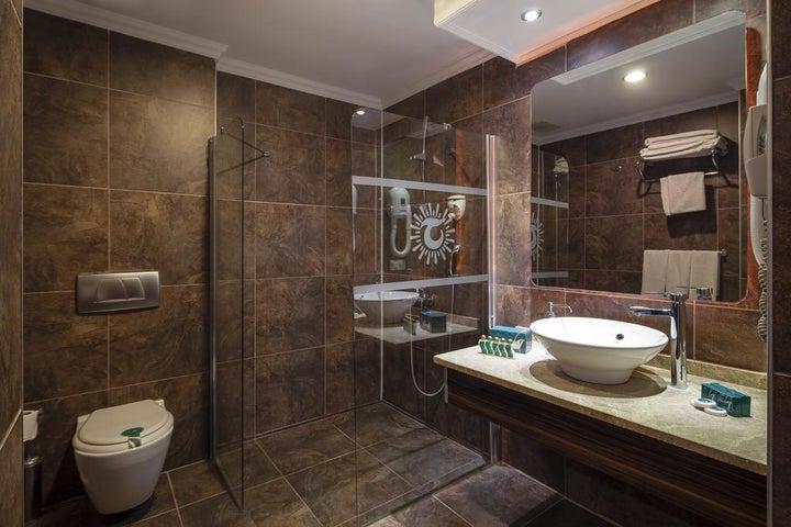 Club Turan Prince World Hotel Image 4