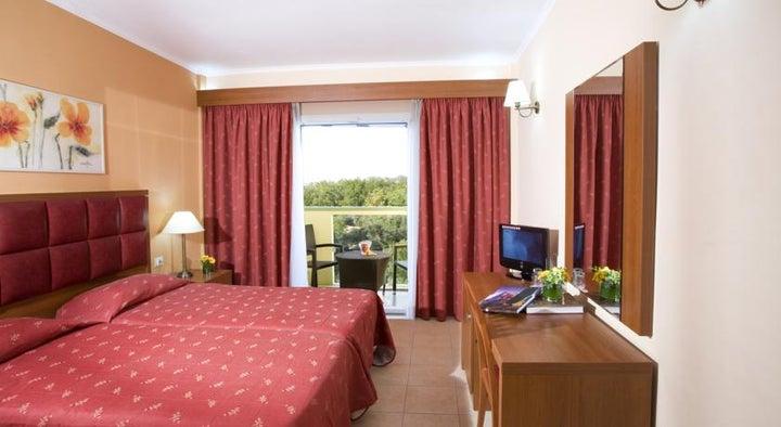 Ariti Grand Hotel Image 4