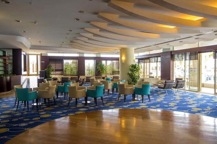 La Blanche Resort & Spa Image 7