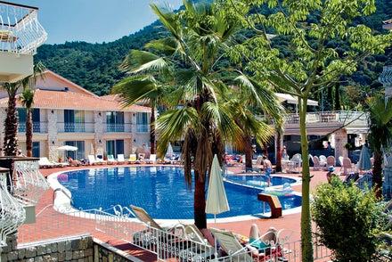 Blue Lagoon Hotel Image 2