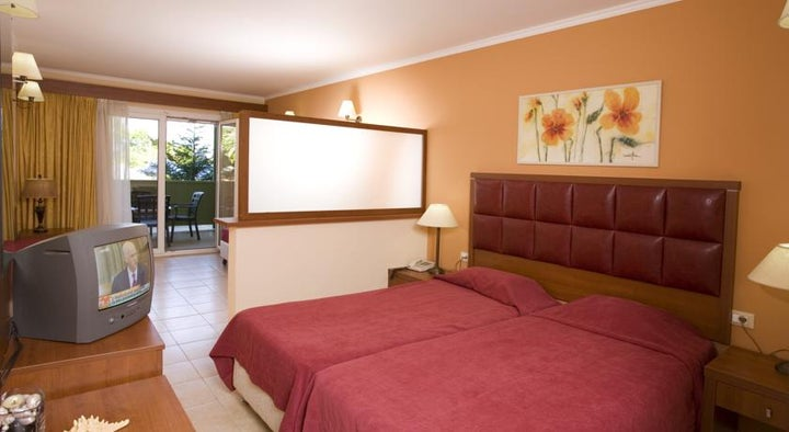 Ariti Grand Hotel Image 6
