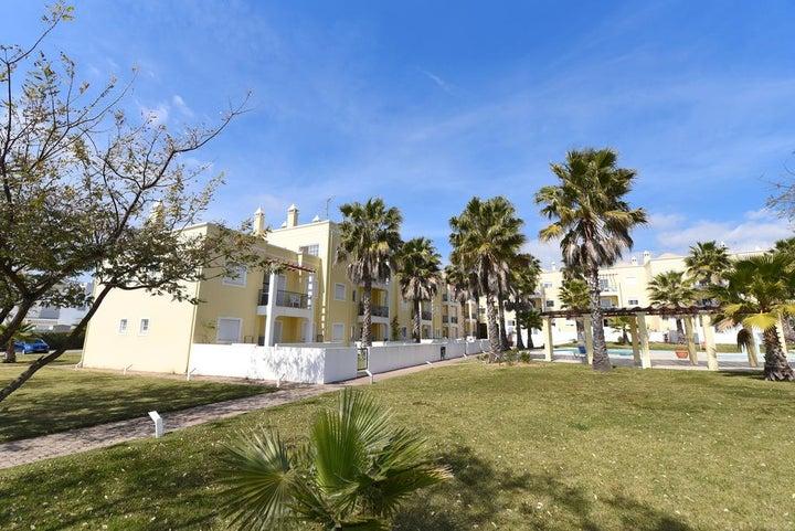 Praia da Lota Resort - Apartments Image 14
