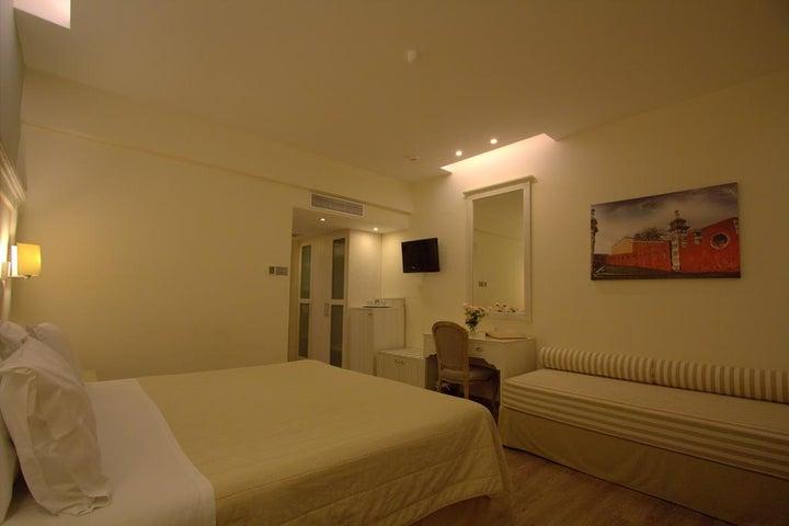Art Hotel Debono Image 8