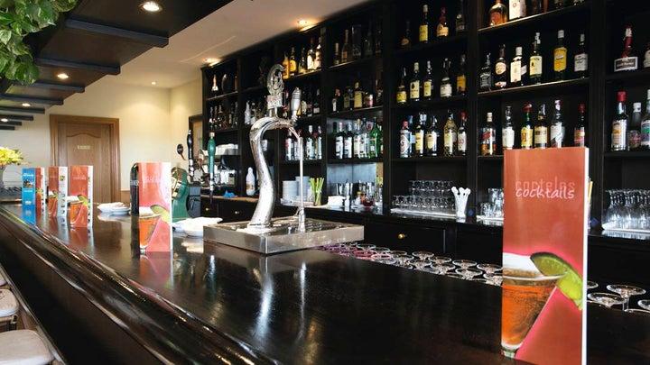 Las Arenas Hotel Image 7