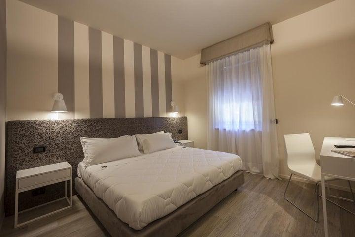 Dolci Colli Hotel in Peschiera del Garda, Lake Garda, Italy