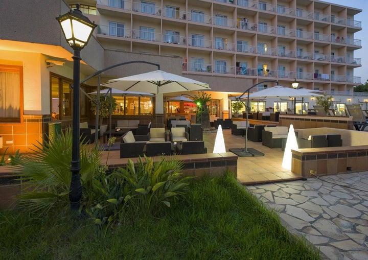 Invisa Es Pla Hotel Image 23