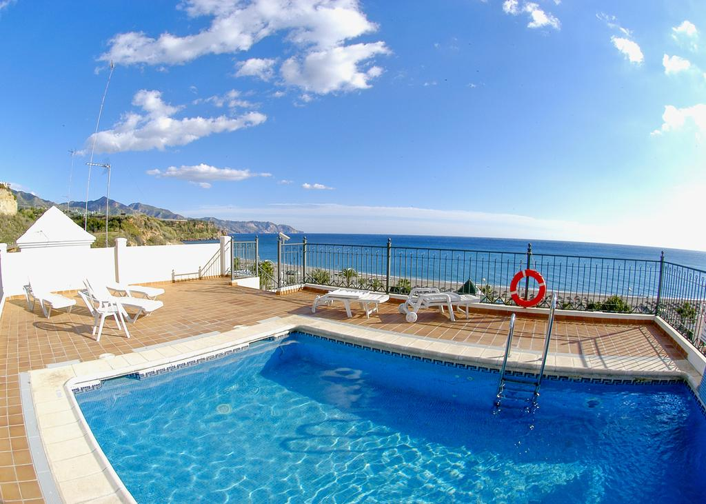 HC Burriana Playa Apartments In Nerja, Spain | Holidays From £213pp |  Loveholidays
