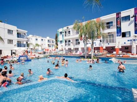 Tsokkos Holiday Apartments Image 8