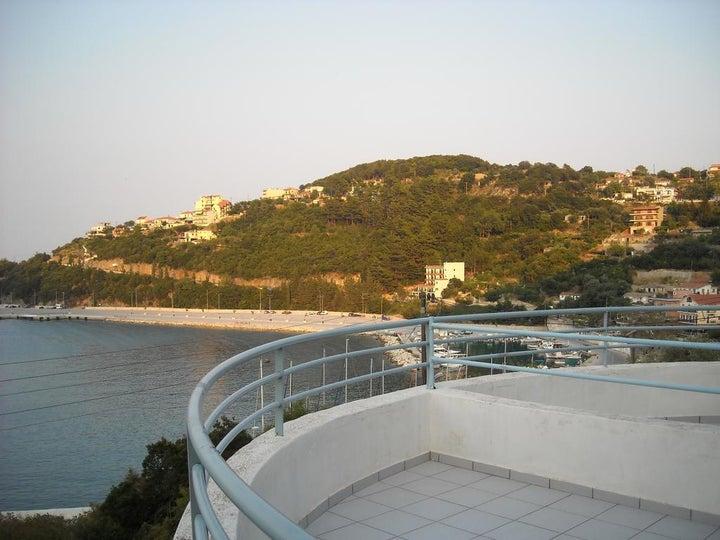 Harbour View - Oceanis Apartments in Poros, Kefalonia, Greek Islands
