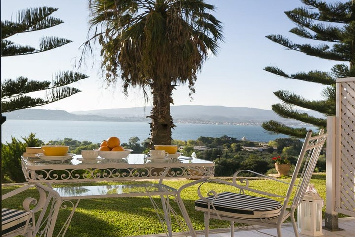 Panorama Fanari Studios & Apartments in Argostoli, Kefalonia, Greek Islands