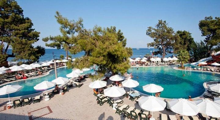 Crystal Aura Beach Resort And Spa Image 11