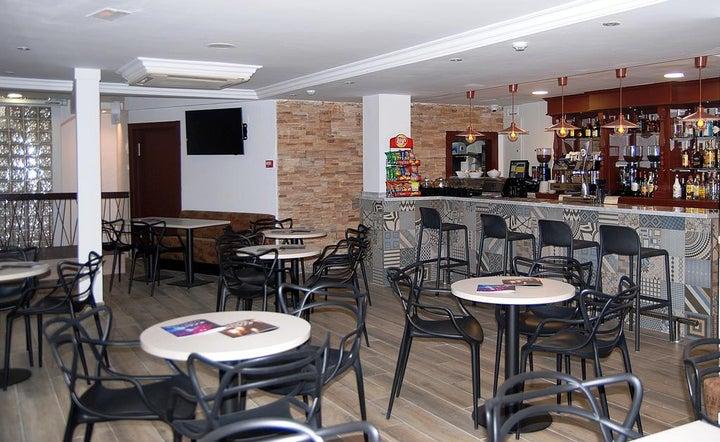 Queens Hotel Image 14