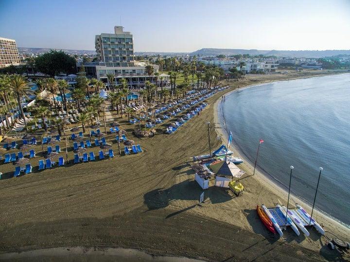 Golden Bay Beach Image 12