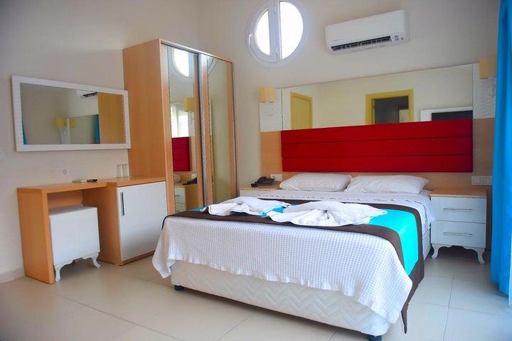 Marcan Beach Hotel Image 6