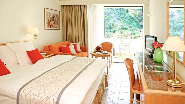 Amathus Beach Hotel Image 5