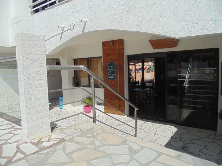 Family House Studios Image 33