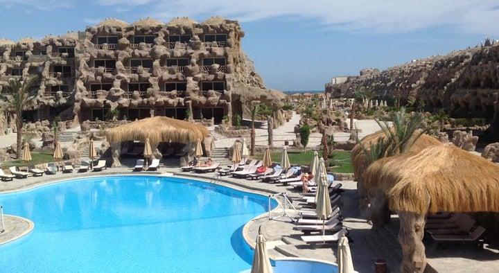 Caves Beach Resort Hurghada Image 43