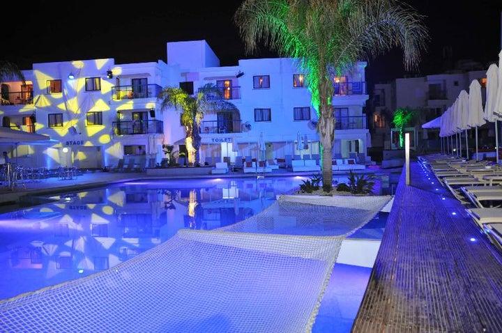 Tsokkos Holiday Apartments Image 4