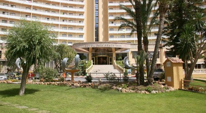 Palm Beach Hotel Image 4