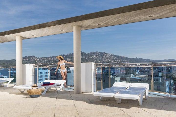 Blau Apartments Image 7