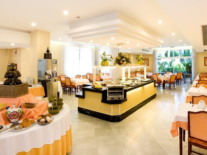 Monarque Sultan Aparthotel Image 8
