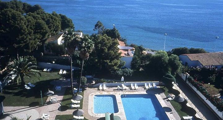 Ar galetamar in calpe spain holidays from 183pp loveholidays for Swimming pool repairs costa blanca