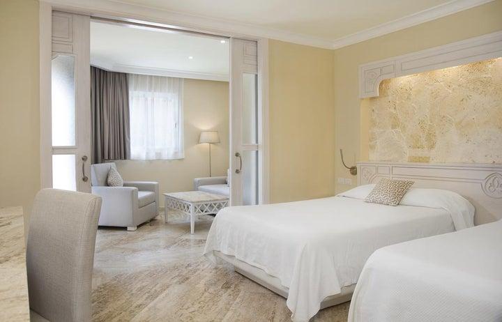 Vik Hotel Arena Blanca Image 33