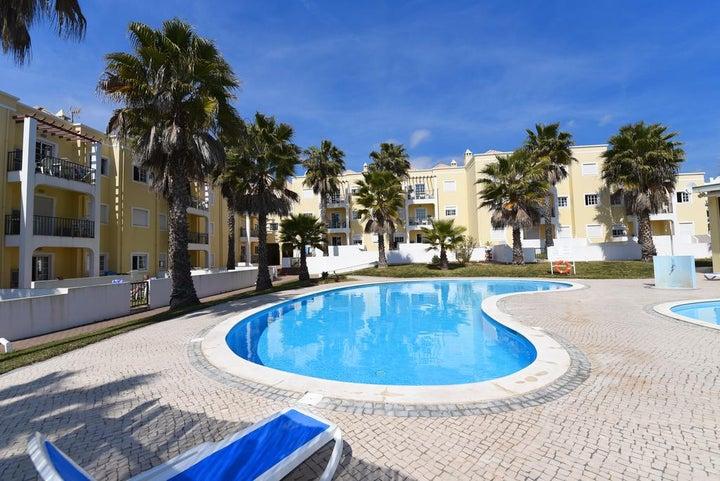 Praia da Lota Resort - Apartments Image 6