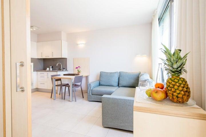 Atenea Park-Suites Image 8