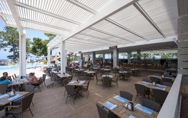 Crystal Aura Beach Resort And Spa Image 27