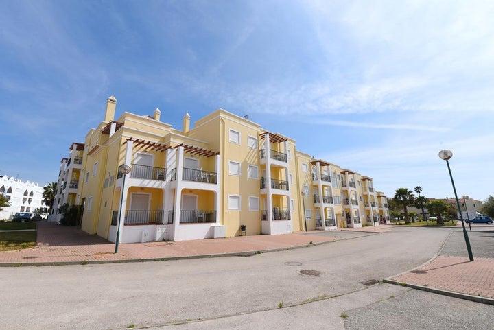 Praia da Lota Resort - Apartments Image 17