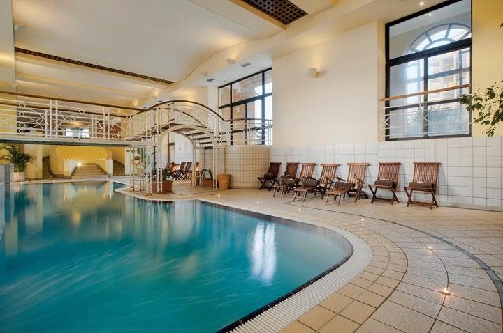 Marina Hotel Corinthia Beach Resort Image 19
