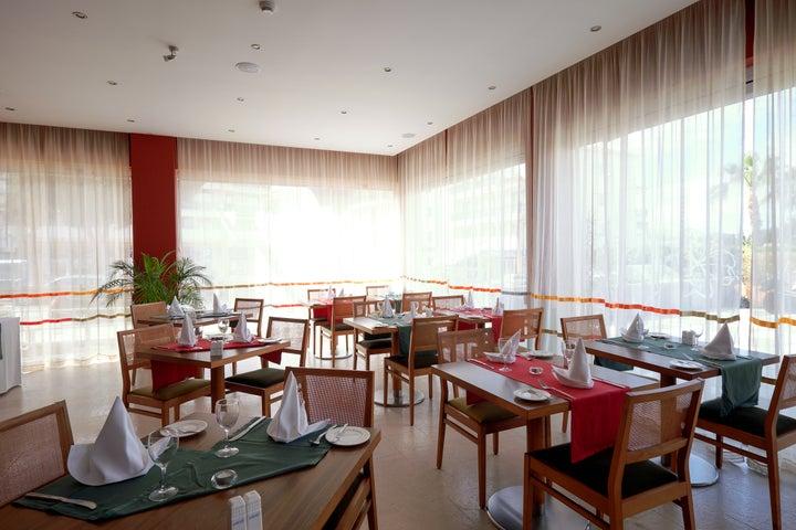 Muthu Oura Praia Hotel Apartments Image 23
